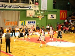 090331_basketbal